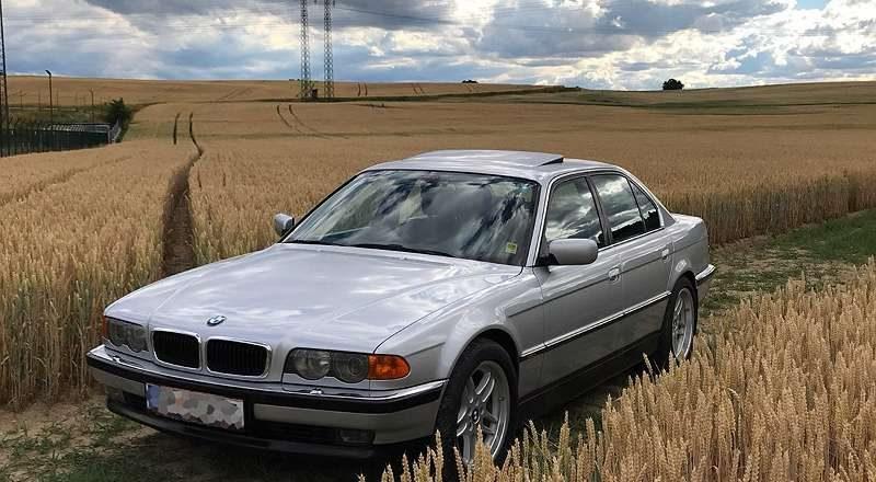 BMW 730d E38 in Sammlerzustand