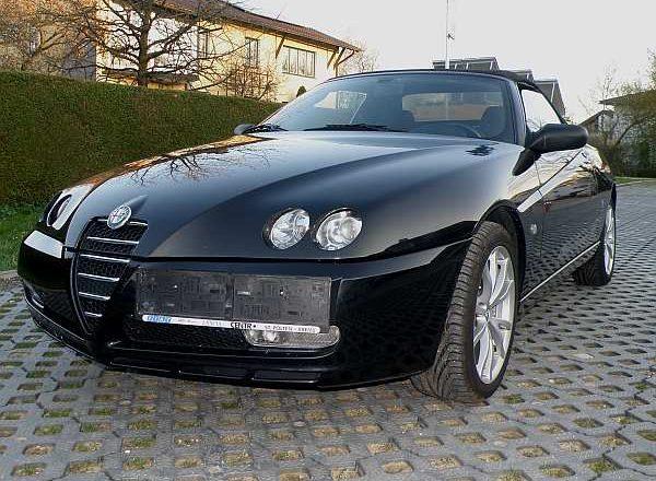 "Alfa Romeo Spider 916 JTS ""Nero"""